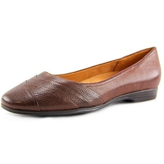 Naturalizer Jaye WW Round Toe Leather Flats
