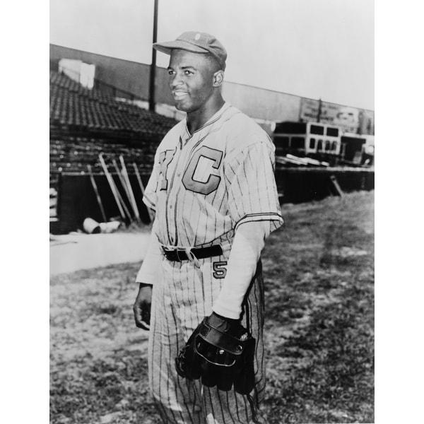 1945 Photo of Jackie Robinson in Kansas City Monarchs Uniform