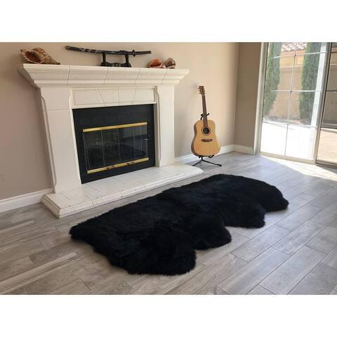 """Dynasty Natural 4-Pelt Luxury Long Wool Sheepskin Black Shag Rug - 3' x 6'8"""""""