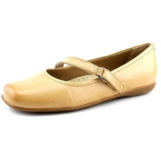 Trotters Simmy Round Toe Leather Mary Janes