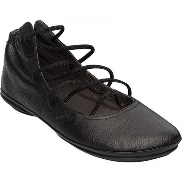 Camper Women's Right Nina Strappy Flat Black Textured Leather