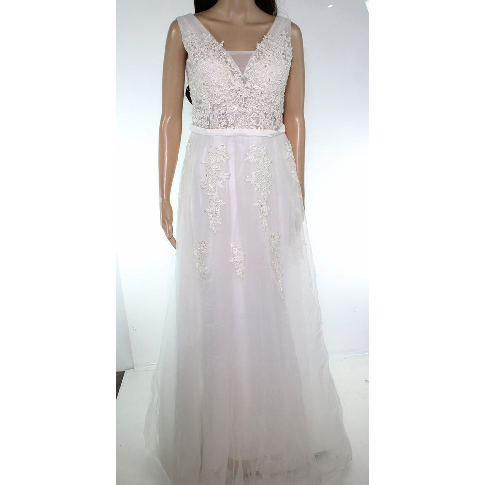 Babyonline D.R.E.S.S Womens Gown White Size 6 Embroidered Embellished