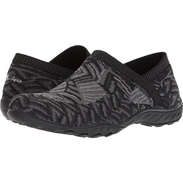 4ecbb418c49b3 Skechers Women's Breathe-Easy-Lassie Black/Gray Casual Shoe