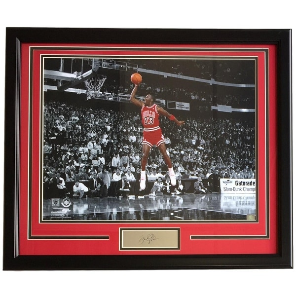 Michael Jordan Framed 16x20 Spotlight Dunk Photo w/ Laser Engraved ...