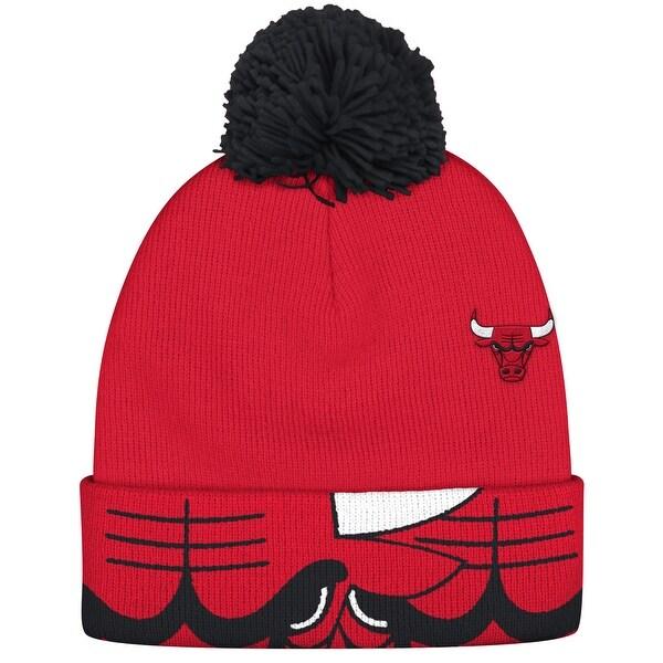 Chicago Bulls Cuffed Knit Hat with Pom