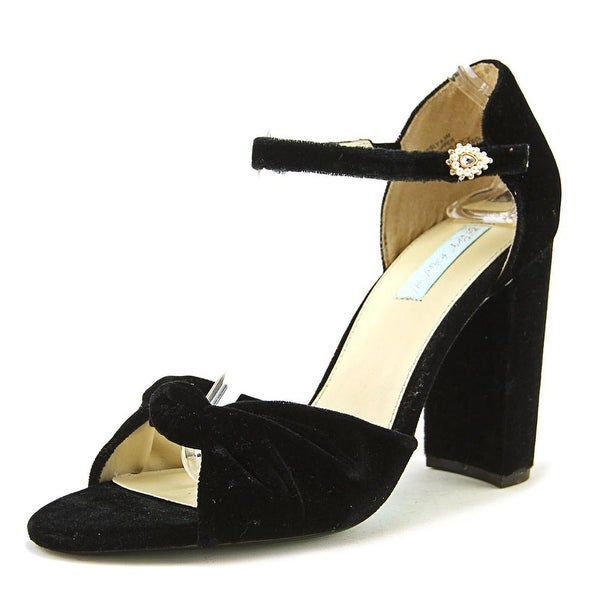 Betsey Johnson Ansly Women Blk Pumps
