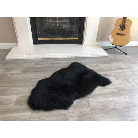 Dynasty Natural Single Pelt Luxury Long Wool Sheepskin Black Shag Rug - 2' x 3'