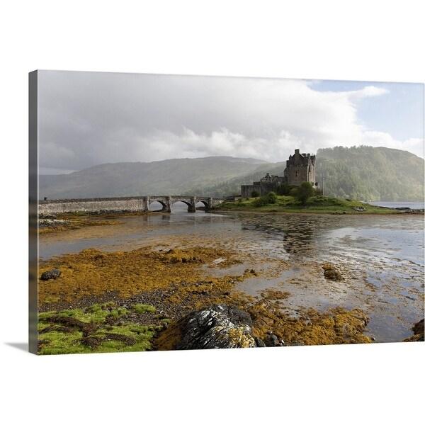 """""""Eilean Donan Castle"""" Canvas Wall Art"""