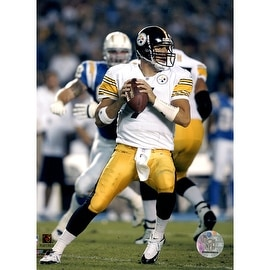 Ben Roethlisberger Steelers Action About to throw vs Chargers 8x10 Uns ()