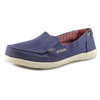 Crocs Walu Round Toe Canvas Loafer|https://ak1.ostkcdn.com/images/products/is/images/direct/70e4107f91f625215f6746d14aa9f17dfd829329/Crocs-Walu-Round-Toe-Canvas-Loafer.jpg?impolicy=medium