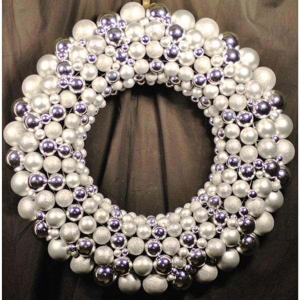 Christmas at Winterland WL-BWR-45-SLV 4 Foot Silver Ornament Wreath