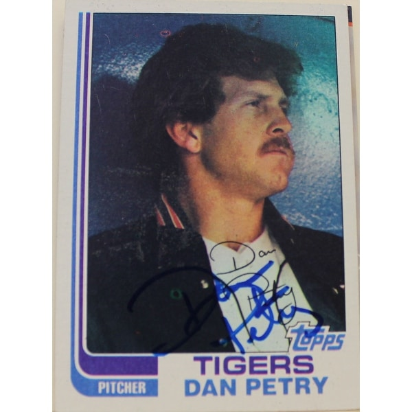 Dan Petry Detroit Tigers Autographed 1982 Topps Card 211 This Item Comes With A Certificate Of Auth