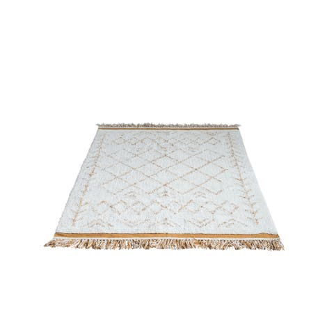 Natural & Mustard 4' x 6' Cotton Tufted Rug with Fringe - 4' x 6'