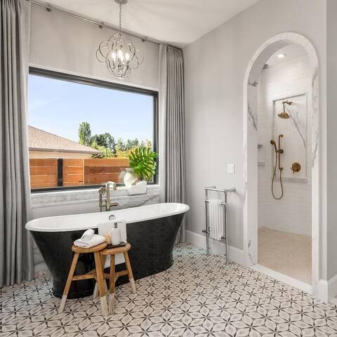 SomerTile Carra Bardiglio Floral Porcelain Hexagon Floor/Wall Tiles