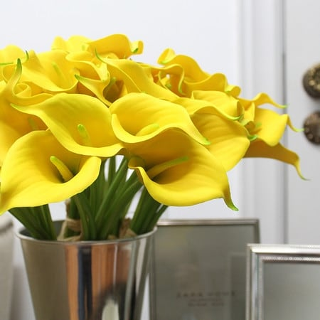 "G Home Collection Luxury Real Touch 9 Calla Lily Bouquet in Yellow 13"" Tall"