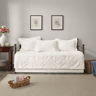 Madison Park Aeriela White 5 Piece Tufted Cotton Chenille Daybed Set