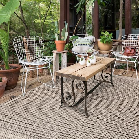 Alexander Home Havannah Indoor/ Outdoor Chevron Stripe Patio Rug