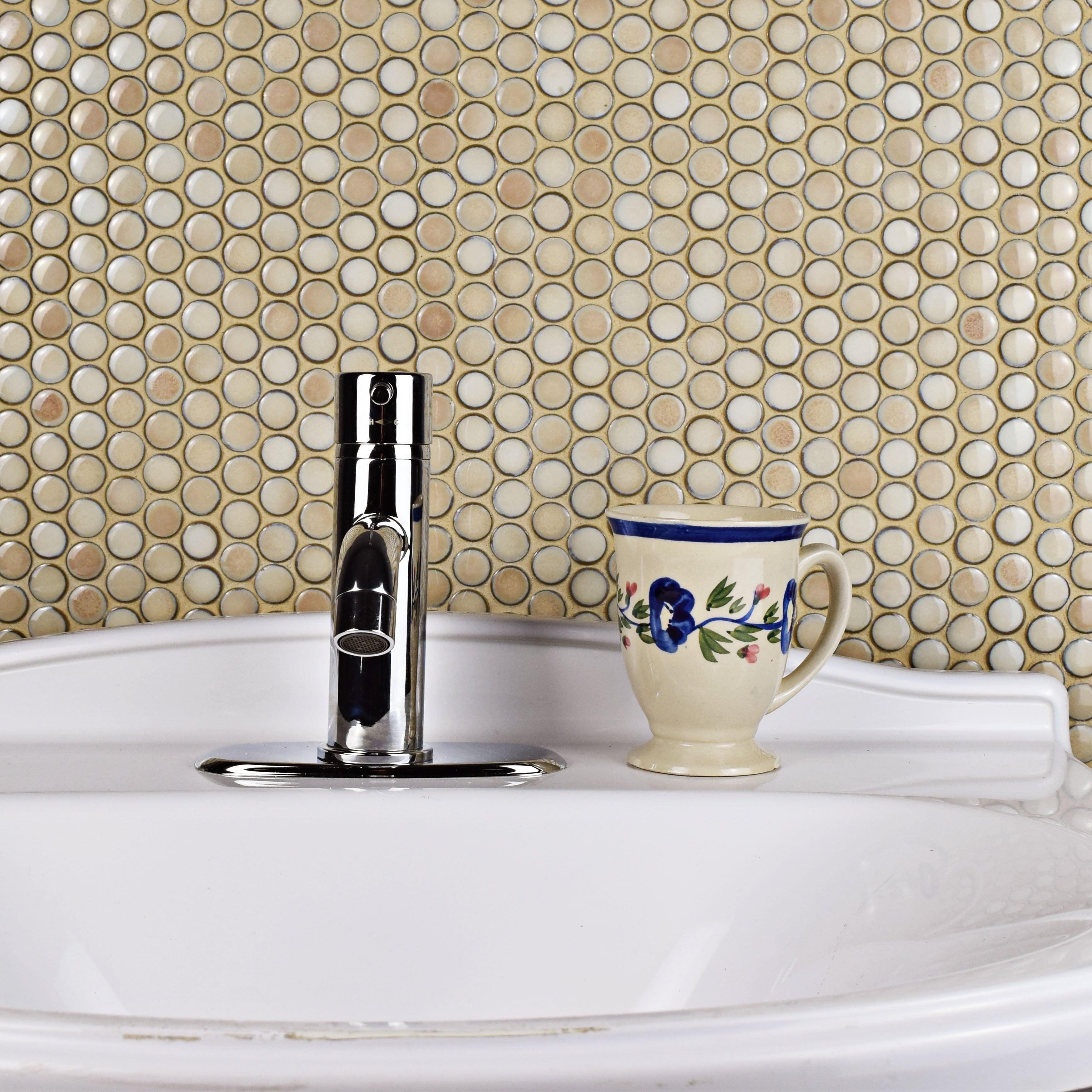 SomerTile 4x4.4-inch Penny Truffle Porcelain Mosaic Floor and Wall Tile  (4 tiles/4.4 sqft.)