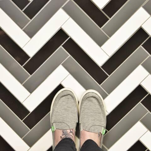 "SomerTile Metro Soho Glossy Grey 1.75"" x 7.75"" Porcelain Floor and Wall Subway Tile"