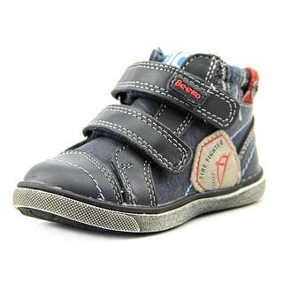 Beeko Leo Round Toe Leather Sneakers