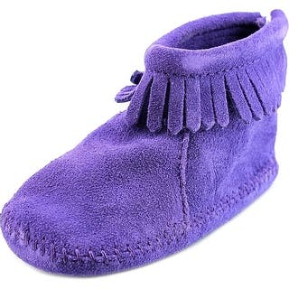 Minnetonka 1184S Infant Suede Purple Moccasins|https://ak1.ostkcdn.com/images/products/is/images/direct/7362021046d704bc5b3ffa7683ede2d7e14bda1a/Minnetonka-1184S-Suede-Moccasins.jpg?impolicy=medium