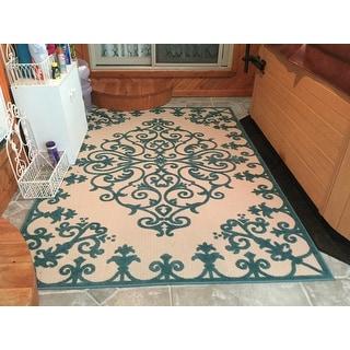 Nourison Aloha Indoor/Outdoor Vine Pattern Area Rug
