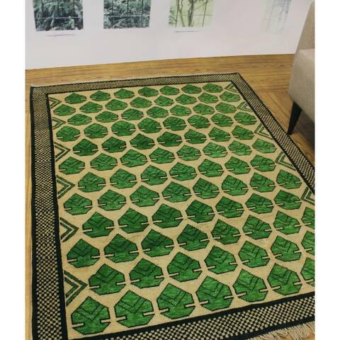 """Noori Rug Balochi Finnley Ivory/Green Rug - 4'11"""" x 6'6"""""""
