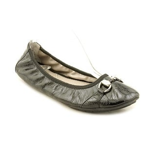 Me Too Legend 2 Round Toe Leather Ballet Flats