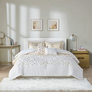 Link to Serena Metallic Animal Printed Comforter Set by Intelligent Design Similar Items in Bed-in-a-Bag