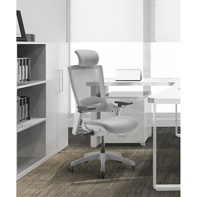 Adjustable Ergonomic Swivel Executive Chair With Headrest