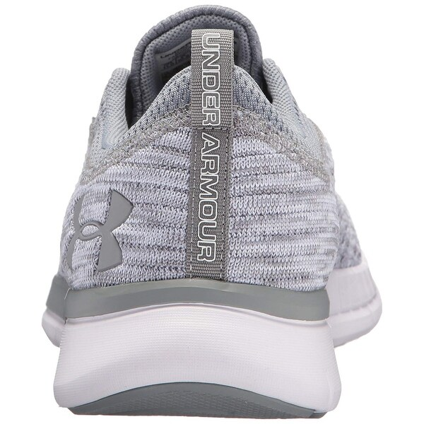 Under Armour Men's Lightning 2 Sneaker