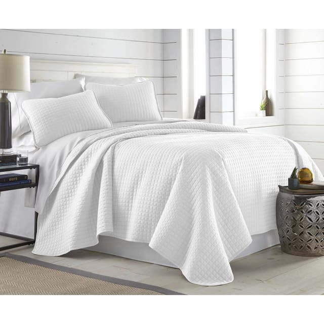 Oversized Solid 3-piece Quilt Set by Southshore Fine Linens - Bright White - Twin - Twin XL