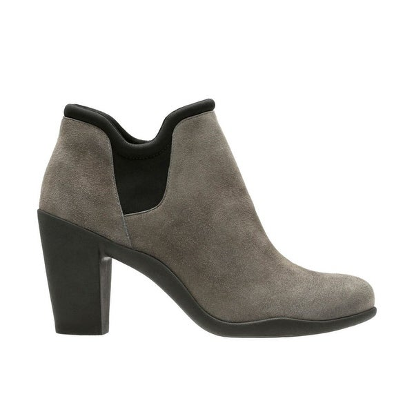 Clarks Womens Adya Bella Pointed Toe Ankle Fashion Boots