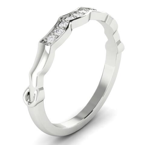 14KT Gold Round Cut Diamond Curved Wedding Ring 0.12 CTW