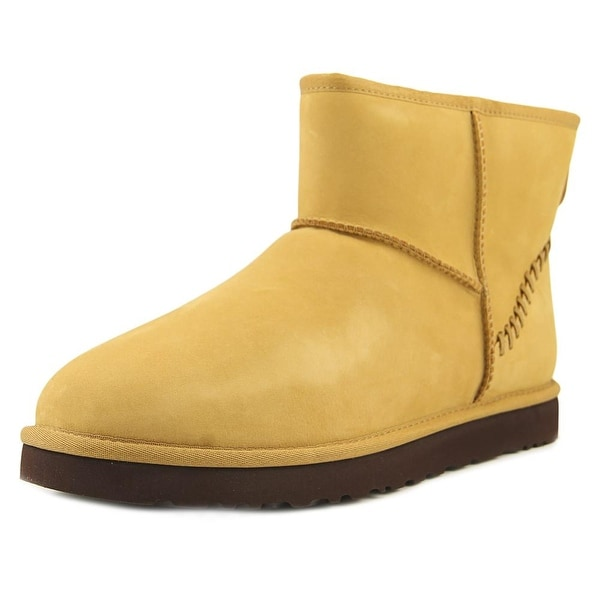 3b2434f6e33 netherlands ugg australia men s classic mini sheepskin boot failure ...