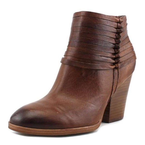 Isola Womens lander Leather Almond Toe Ankle Fashion Boots