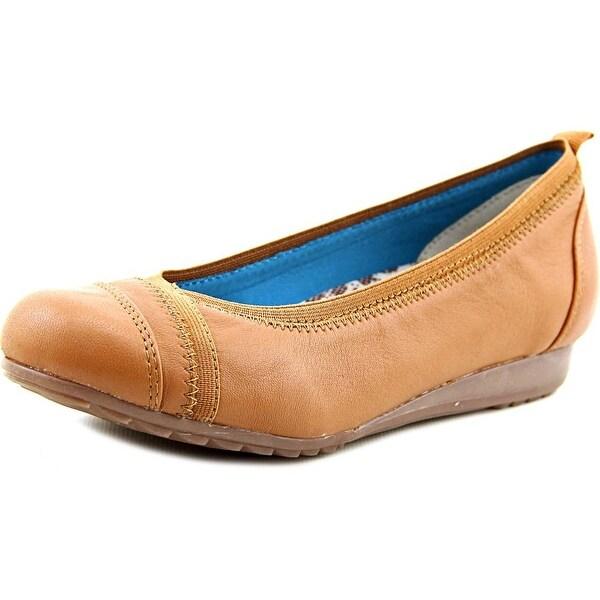 Skechers Rome Moderno Women Round Toe Leather Tan Walking Shoe