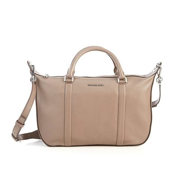 b03367f3246652 Shop MICHAEL KORS Raven Large Oyster Satchel Handbag - Free Shipping Today  - Overstock - 23073311