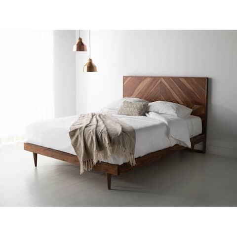 SAFAVIEH Couture Cora Rose Herringbone Bed - Natural