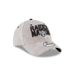 Oakland Raiders 2018 Spotlight 9TWENTY Adjustable Strapback Hat
