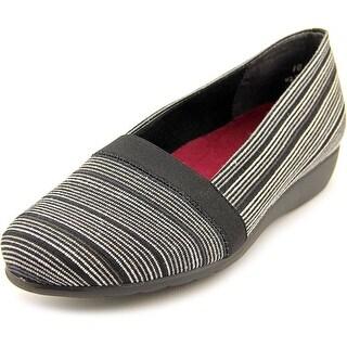 Munro American Bonita Women SS Open Toe Canvas Wedge Heel|https://ak1.ostkcdn.com/images/products/is/images/direct/7619690b3afeb3be0264176508f1188c543605a1/Munro-American-Bonita-Women-SS-Open-Toe-Canvas-Black-Wedge-Heel.jpg?_ostk_perf_=percv&impolicy=medium
