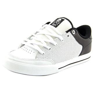 Circa Lopez 50 Men Round Toe Leather White Skate Shoe