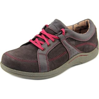 Barefoot Freedom by Drew Geneva  W Round Toe Leather  Sneakers