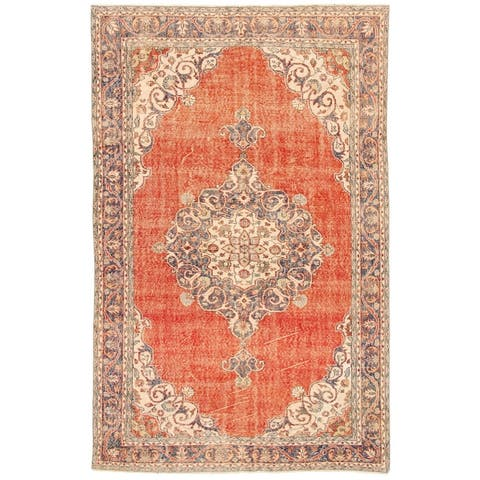 ECARPETGALLERY Hand-knotted Anatolian Vintage Red Wool Rug - 6'8 x 10'2