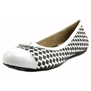 Softwalk Naperville Round Toe Patent Leather Flats