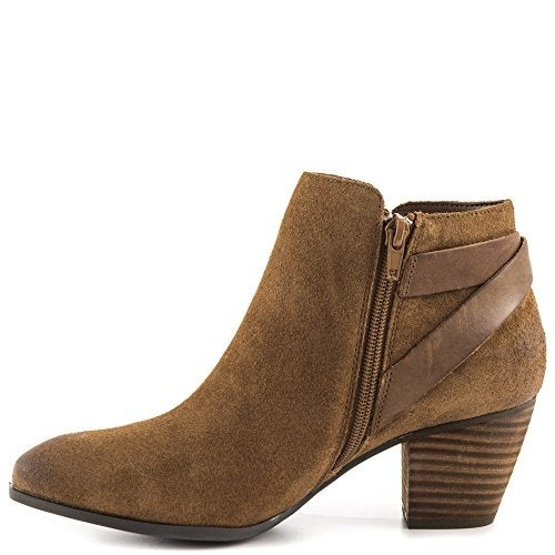GUESS Womens Verity Almond Toe Ankle Fashion Boots