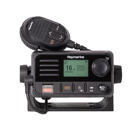 Raymarine Ray53 Compact VHF Radio with GPS Ray53 Compact VHF Radio with GPS