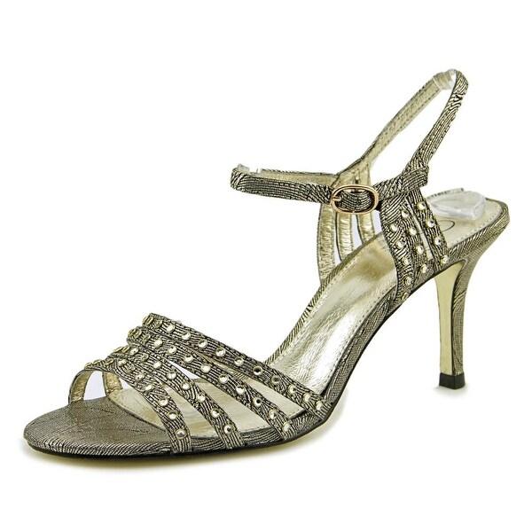Adrianna Papell Vonia Women Antique Gold Sandals