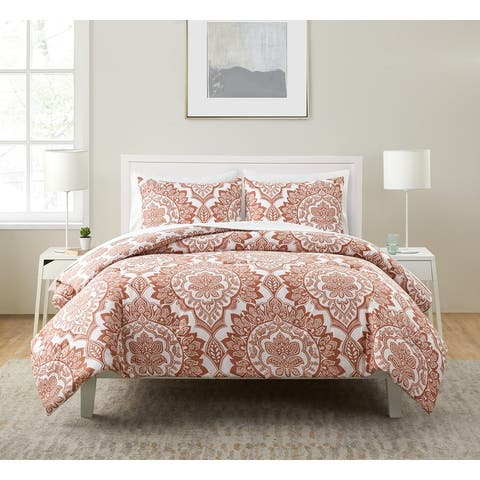Cranity Red and White Bed-in-a-Bag Comforter Set