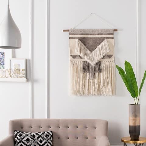 SAFAVIEH Sedona Hand Woven Wall Tapestry 145 - 2' x 1'8'